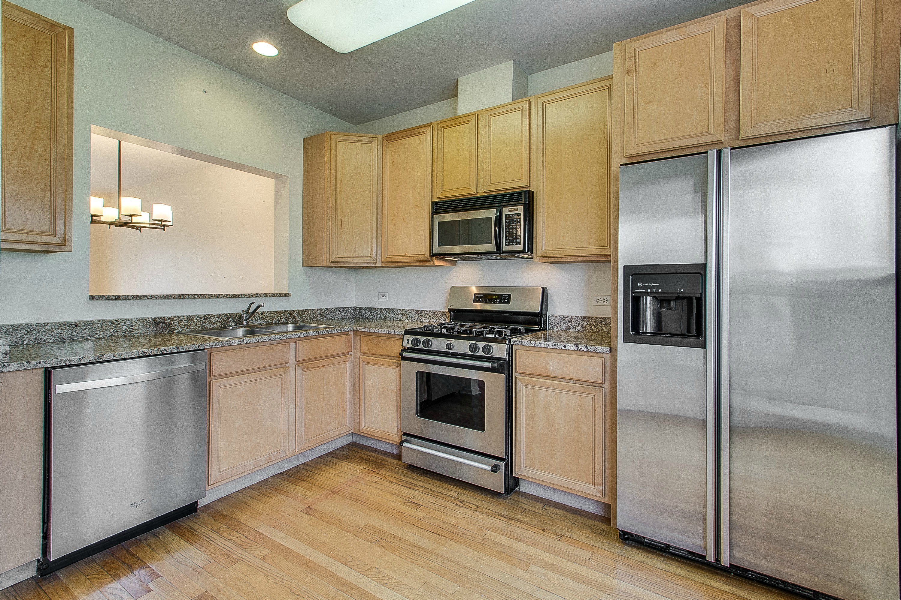 4530 S Woodlawn Unit 602