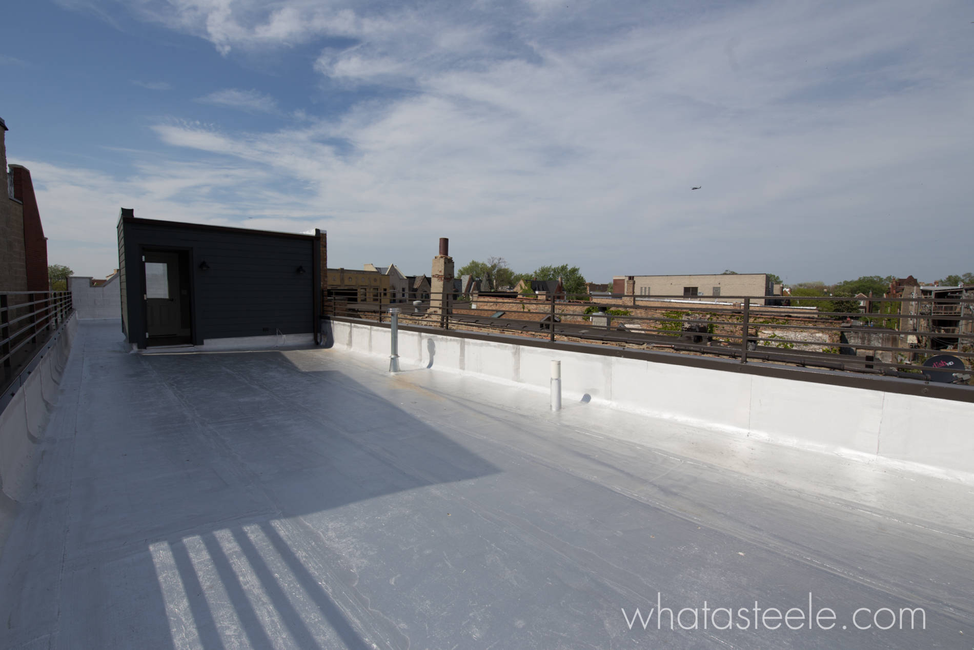 1235 E 46th_RoofDeck1_WM