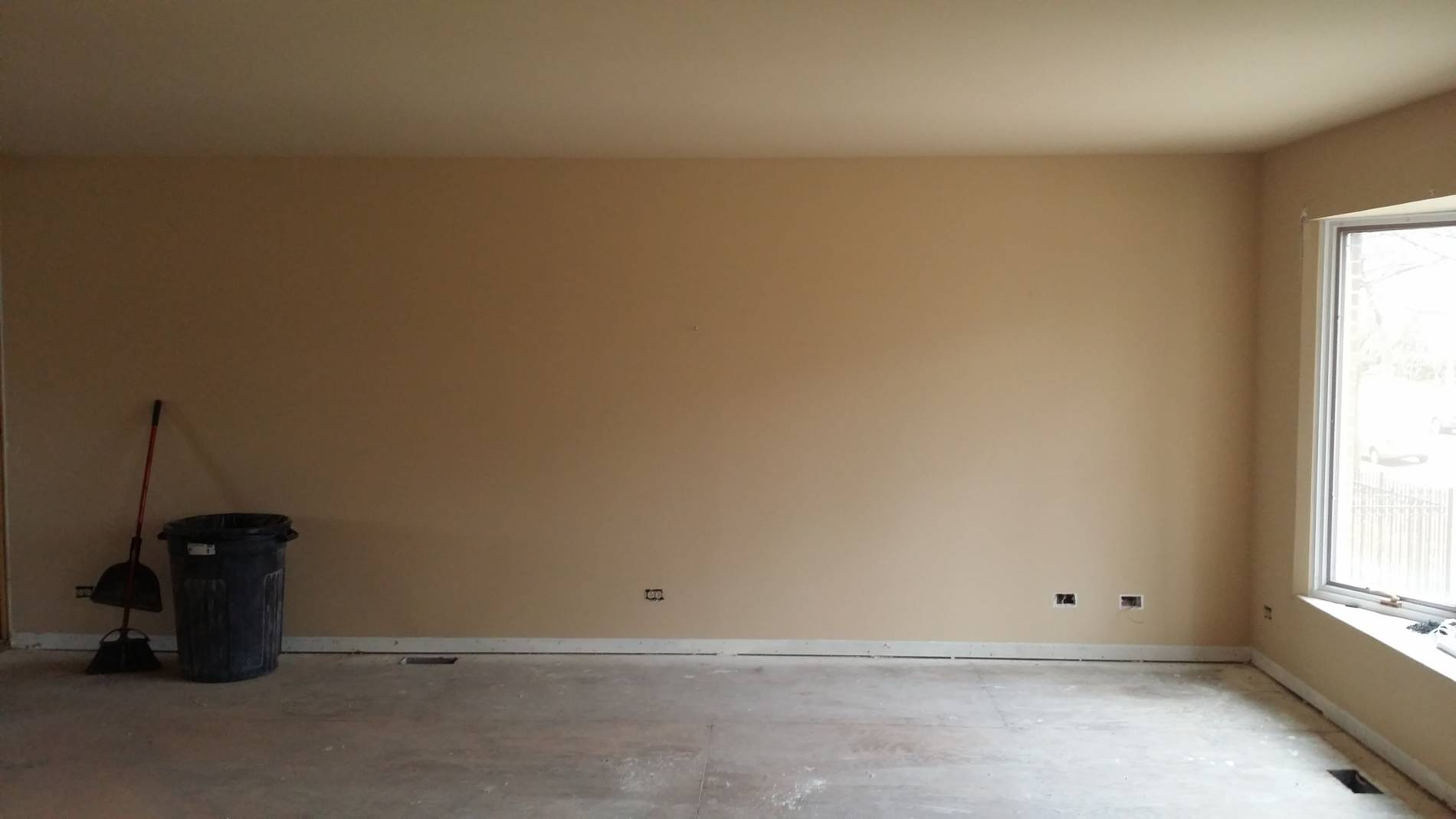 1-23-17 8109 S Indiana Living Room Before