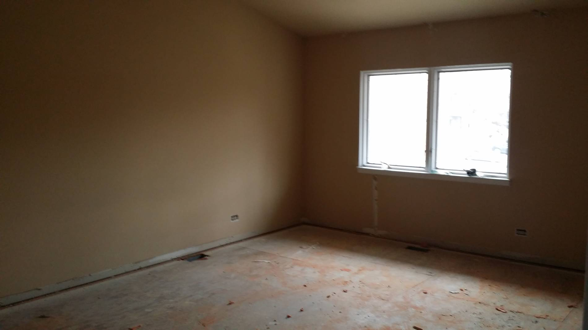 1-23-17 8109 S Indiana Master Bedroom Before