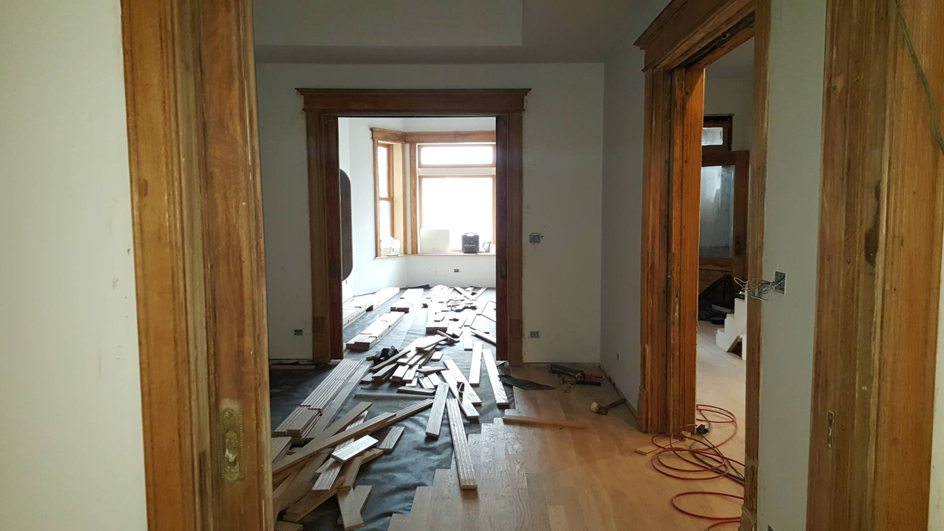 1-20-17 822 E 42nd St Trim Stain