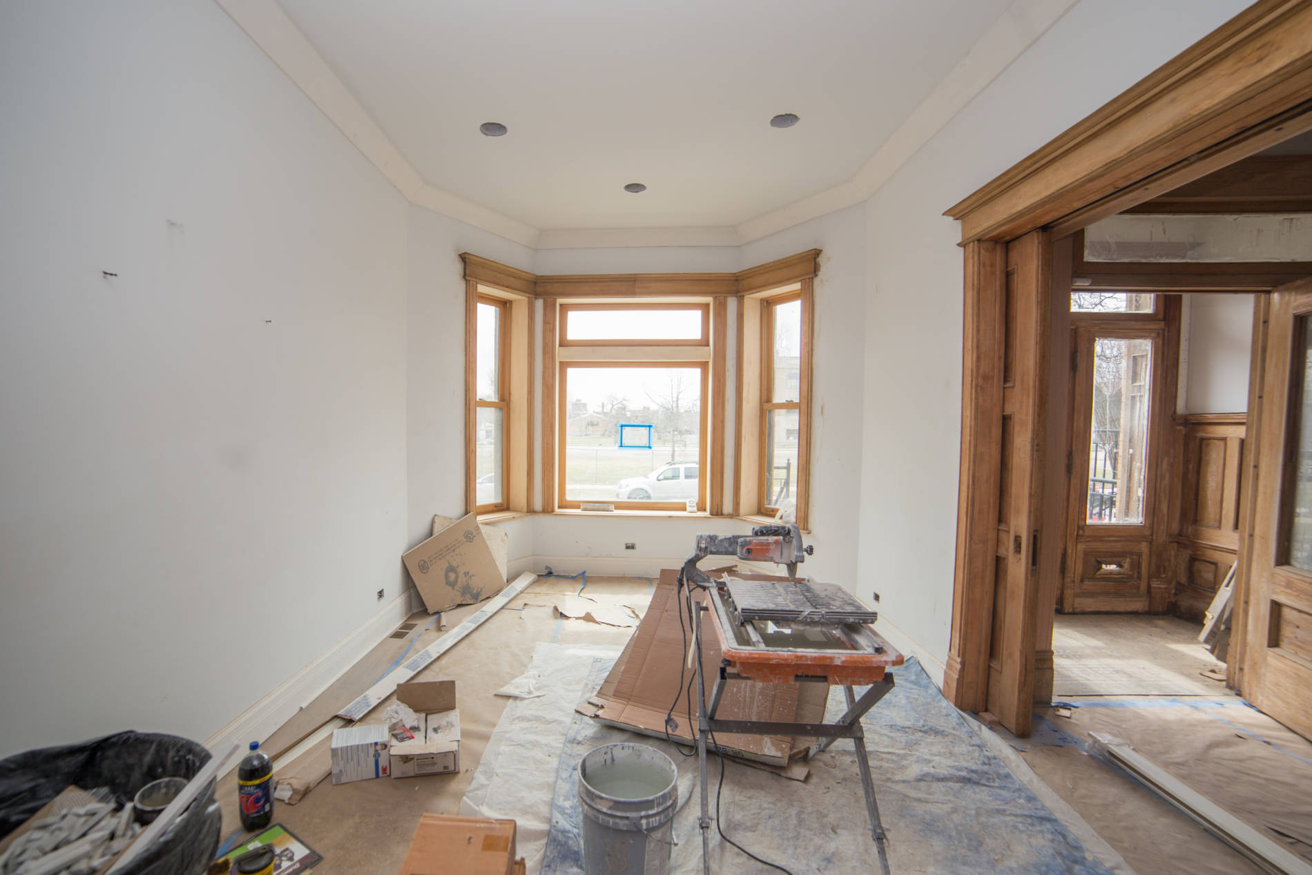 3-20-17 822 E 42nd St Dining Room pre paint